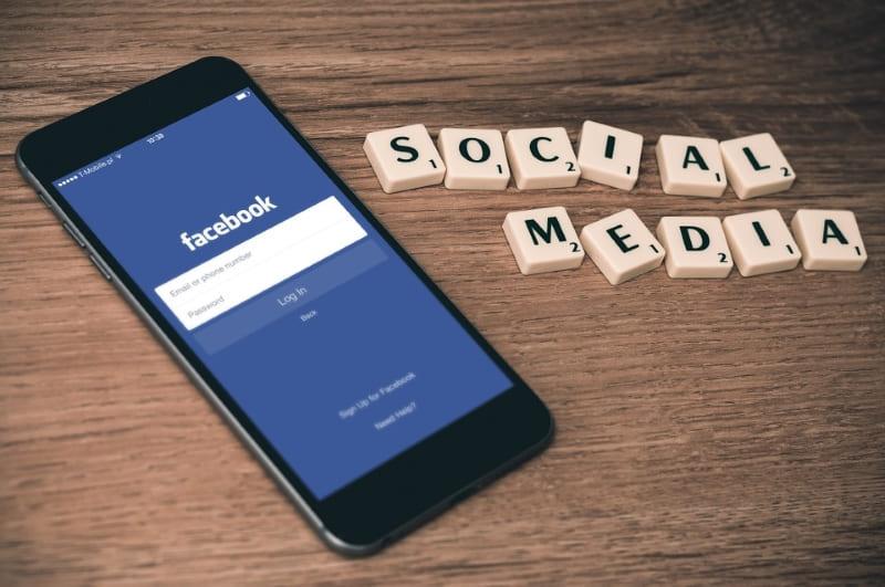 Social Media Marketing Fundamentals Laws